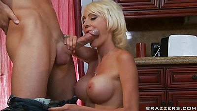 Kitchen table fucking blow job big tits hanging down
