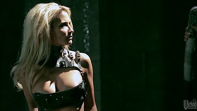 Blonde jessica drake likes fetish underworld sex